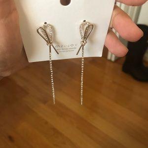 Earrings with little diamonds